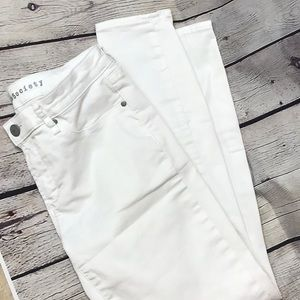 Articles of Society white Jean sz 28 ankle